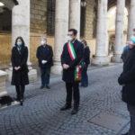 Corteo funebre per l'ex sindaco Marino Quaresimin davanti Palazzo Trissino